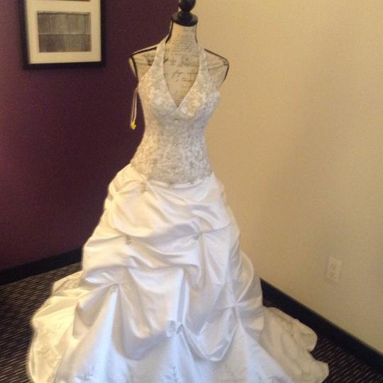 Bridal Exclusives White Polyester R6100 Formal Wedding Dress Size 10 (M) Image 1
