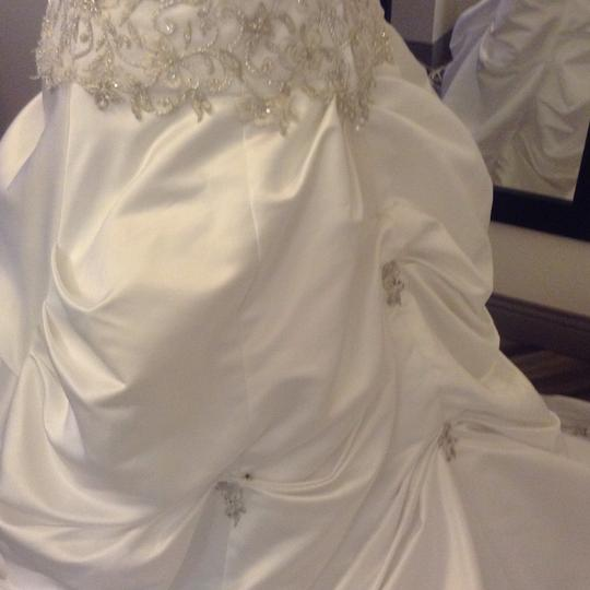 Bridal Exclusives White Polyester R6100 Formal Wedding Dress Size 10 (M) Image 4