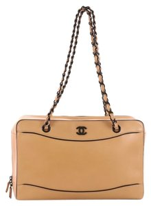 739585df75ca84 Brown Chanel Shoulder Bags - Up to 90% off at Tradesy