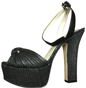 2e1afd04b5a Women s MICHAEL Michael Kors Shoes - Up to 90% off at Tradesy
