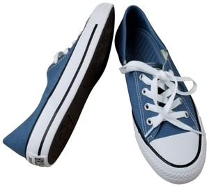 eb3251fc1635b0 Blue Converse Sneakers - Up to 90% off at Tradesy