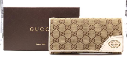Gucci GG logo canvas and leather Flap long Wallet double compact