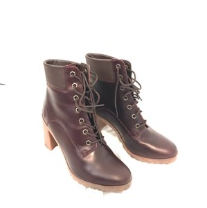 f1229ccdeaf Red Timberland Boots & Booties - Up to 90% off at Tradesy