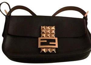 1429606d8a9c Fendi Baguettes - Up to 70% off at Tradesy (Page 4)
