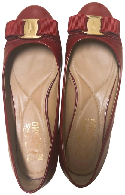 Item - Red and Gold Varina Ballet Flats Size US 6 Wide (C, D)