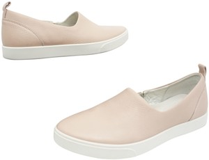Ecco Slip On Loafers Pink Flats