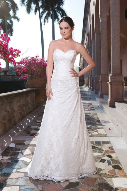 Item - Ivory/Light Gold Lace Rochelle & Strapless A-line Traditional Wedding Dress Size 12 (L)