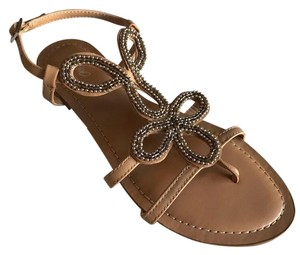 fe705a560884 Mossimo Supply Co. Sandals - Up to 90% off at Tradesy