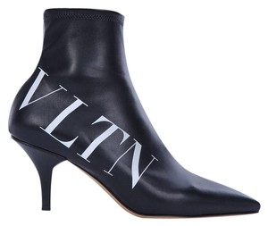 Valentino Vltn Winter Heel Black Boots