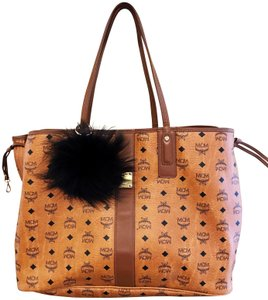 MCM Visetos Liz Large Tote in Tan and Black