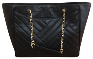 Tory Burch New New Shoulder Tote in Black