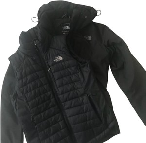 The North Face Mt Rain Jacket and Redpoint Vest