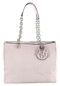 8fade58334b2 Dior Bags - Up to 90% off at Tradesy (Page 10)