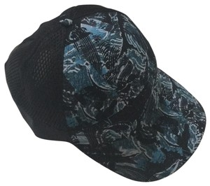 63d8e23a68156 Lululemon Lululemon Baseball Cap New with Tags Black and mix of blues