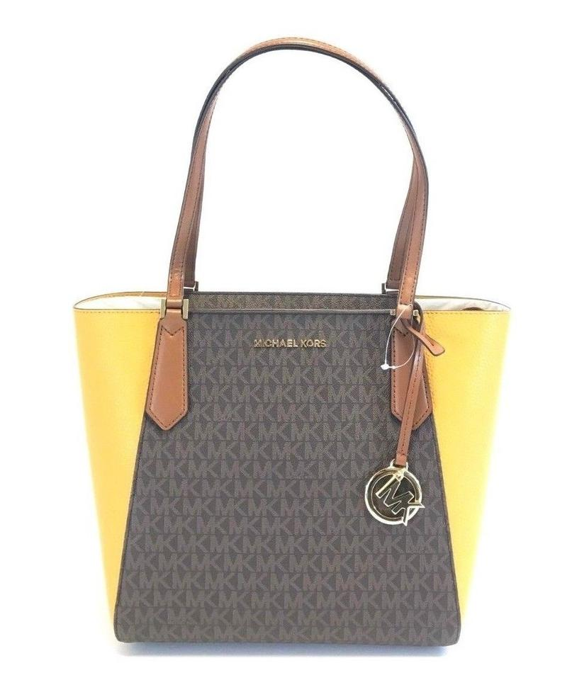 904f543798fcd8 Michael Kors Bag New Womens Kimberly Small Bonded Signature Brown Leather  Pvc Tote