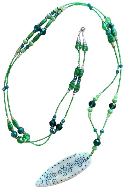 Item - Green Necklace/Earring Set Necklace