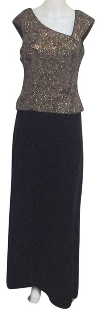 Item - Bronze/Black Formal Dress Size 8 (M)