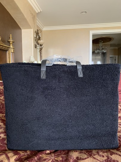 Chanel Tote and Towel set Image 8