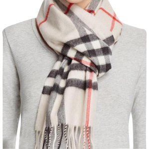 Burberry Giant Icon Check 100%Cashmere Scarf