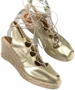 Patricia Green Gold/Tan Wedges