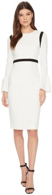 Item - Multi-color Cream Bell Sleeves Piping Trim Sleeve Sheath Style No. Cd8c11ev Short Cocktail Dress Size 10 (M)