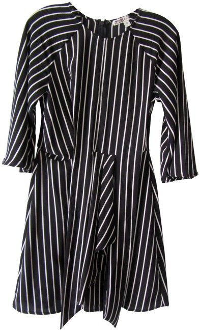 Item - Black and White Stripe Short Casual Dress Size 6 (S)