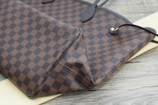 Louis Vuitton Lv Neverfull Never Full Mm Neverfull Gm Canvas Tote in Damier Ebene w/ cherry textile lining