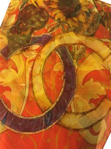 Chanel NEW RARE VINTAGE CHANEL SUNFLOWER SILK SCARF NWT