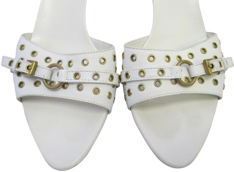 17a8b214e15 Gucci White Leather Slide W  Strap Of Gold Grommets