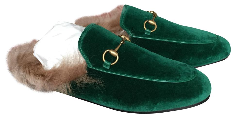 6373b4a2f5ed Gucci Emerald Green Soft Velvet Mules Slides. Size  EU 39 (Approx. US 9)  Regular (M ...