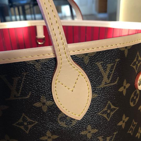 Louis Vuitton Tote in red/monogram