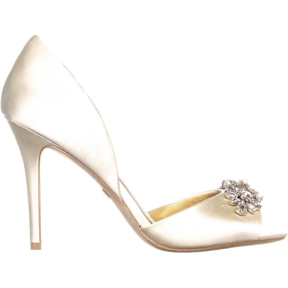 5893860aeeff Badgley Mischka Beige Giana D orsay 507 Ivory Pumps Size US 8 ...