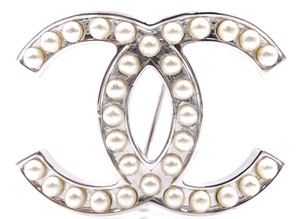 Chanel RARE Timeless CC pearls silver hardware brooch pin charm