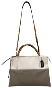 Coach Satchel in white and gray