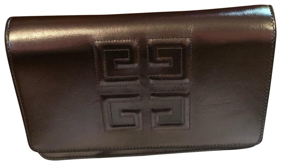 Givenchy Emblem Chained Wallet Silver Leather Clutch - Tradesy 3e71abf0419a1
