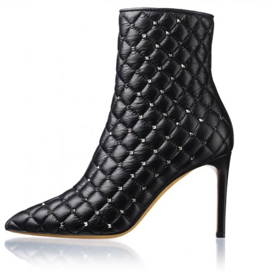Preload https://img-static.tradesy.com/item/24656108/valentino-black-rockstuds-bootsbooties-size-eu-375-approx-us-75-regular-m-b-0-0-540-540.jpg