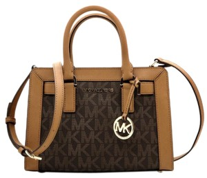 Michael Kors Dillon Satchel in brown