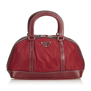 Prada Bags On Sale Up To 70 Off At Tradesy