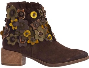 Anthropologie 3-d Flower Floral Floral Applique Sheridan Mia Floral NEW Sunflower Brown Suede Boots