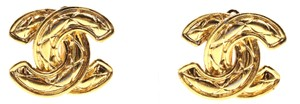 Chanel RARE CC Quilted Medium Large gold hardware clip on earrings