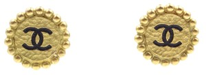 Chanel CC round Hammered textured clip on earrings