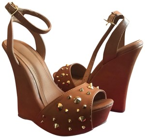 ShoeDazzle Studded Tan Wedges