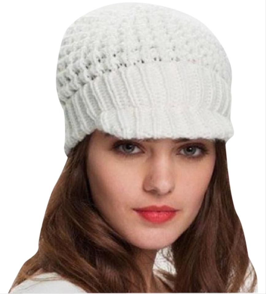 18fc202c6 MICHAEL Michael Kors Ivory Knit Derby Peak Visor Winter Hat 19% off retail