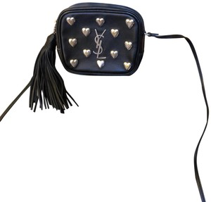 Saint Laurent Blogger Bags - Up to 70% off at Tradesy 1226510cf3