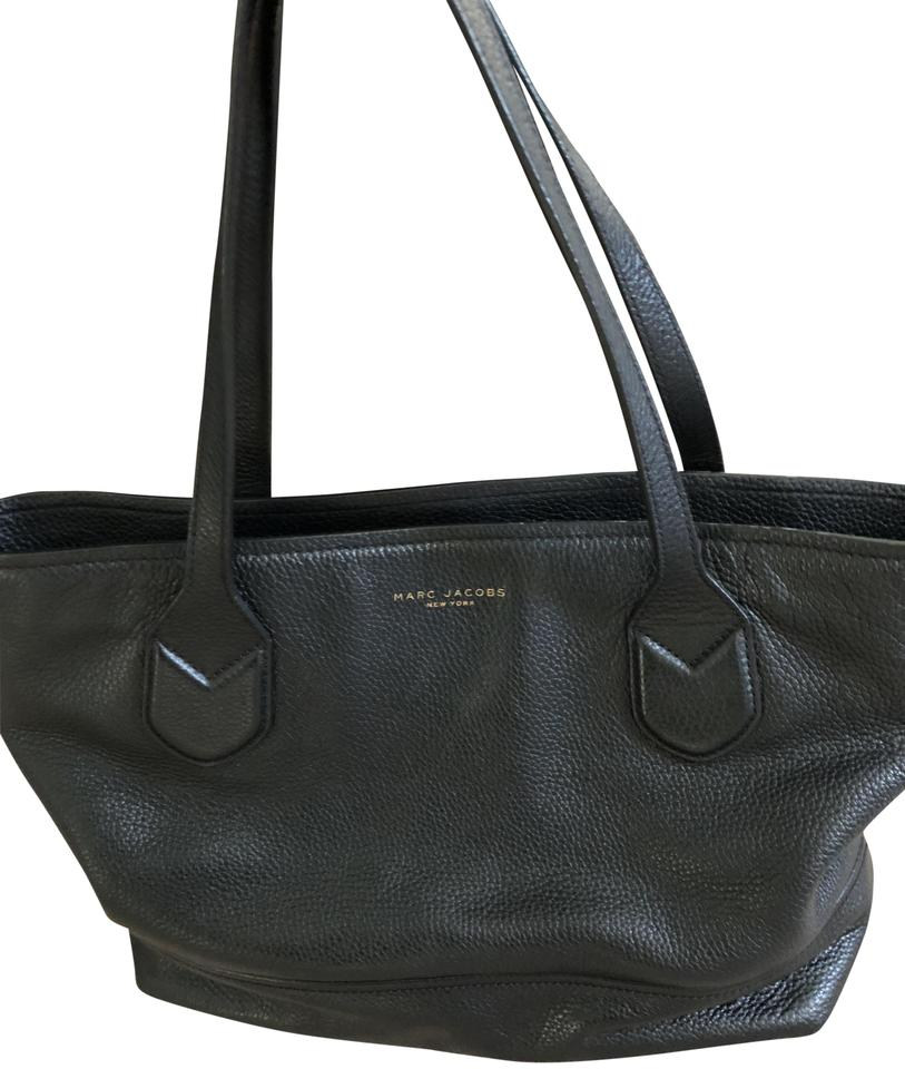 19d52d1ebc21 Marc Jacobs Classic Shopper Black Leather Tote - Tradesy