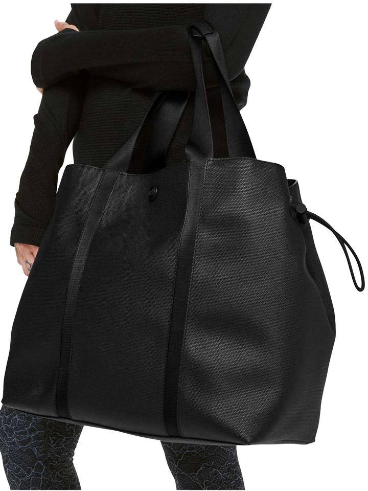 3ef73b6eb09 Lululemon Women's Large Day Out *16l Black Polyester Tote - Tradesy