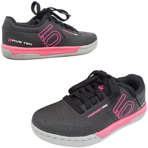 Five Ten Flats Sneakers Lace Up Freerider Size 6 Black / Pink Athletic