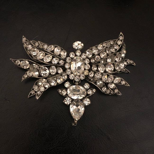 Item - White Crystal Butterfly Brooch/Pin