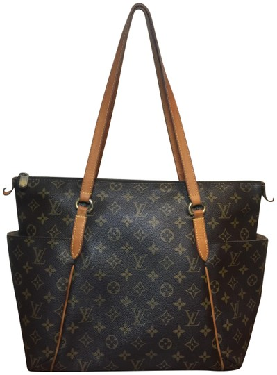 Louis Vuitton Shoulder Monogram Totally Totally Mm Tote in Brown Image 0