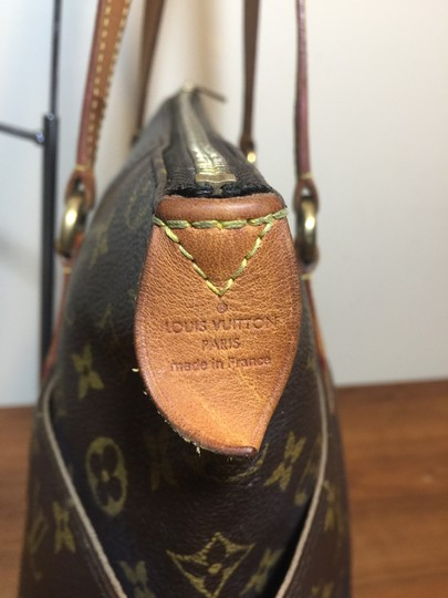 Louis Vuitton Shoulder Monogram Totally Totally Mm Tote in Brown Image 7